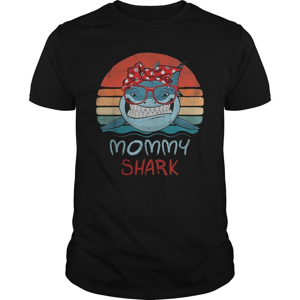 Vintage Mommy Sharks Glasses Shirt