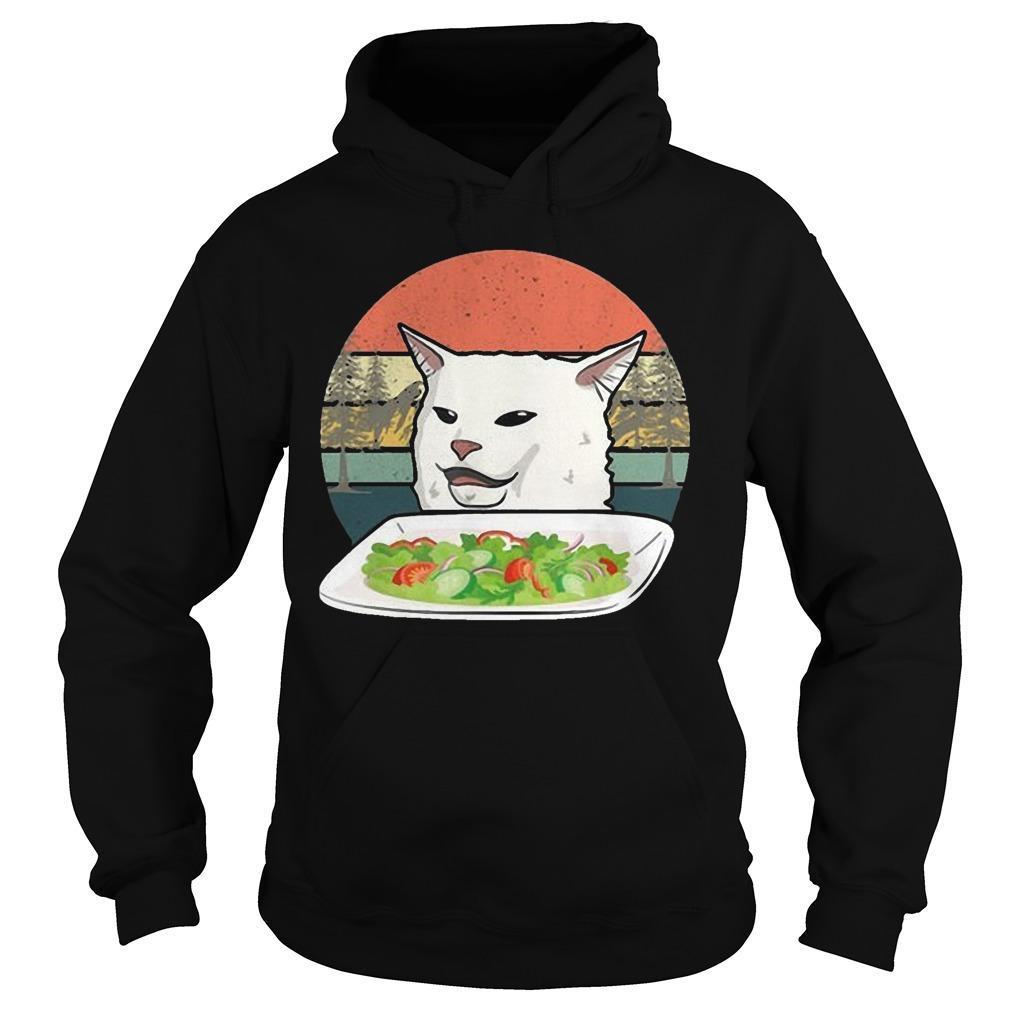 Vintage Retro Woman Yelling At Table Dinner Cat Meme Hoodie
