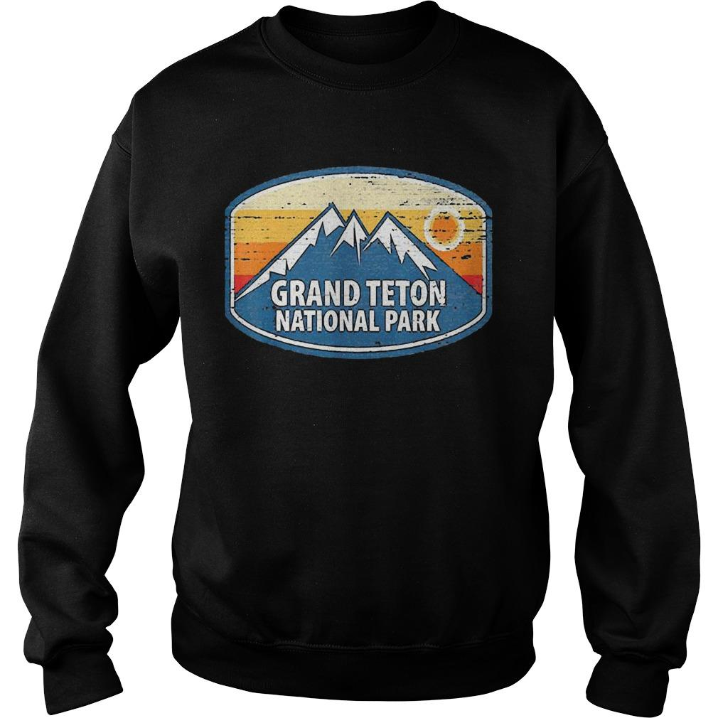 Wyoming Retro Distressed Souvenir Grand Teton National Park Sweater