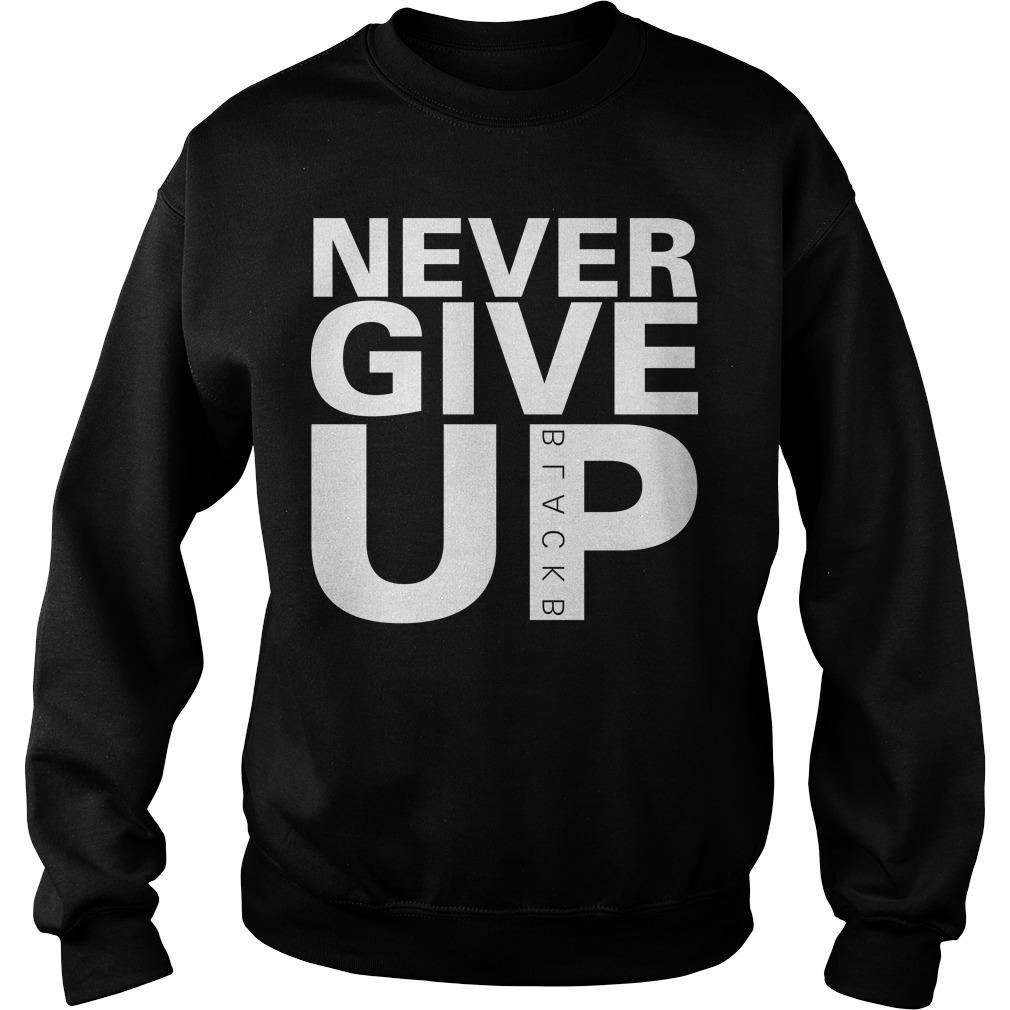 Never Give Up Sweater Salah