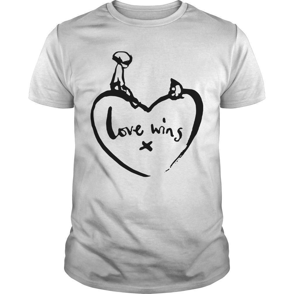 Love Wins T Comic Relief Shirt
