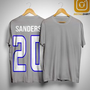 Garth Brooks Wears Sanders Shirt