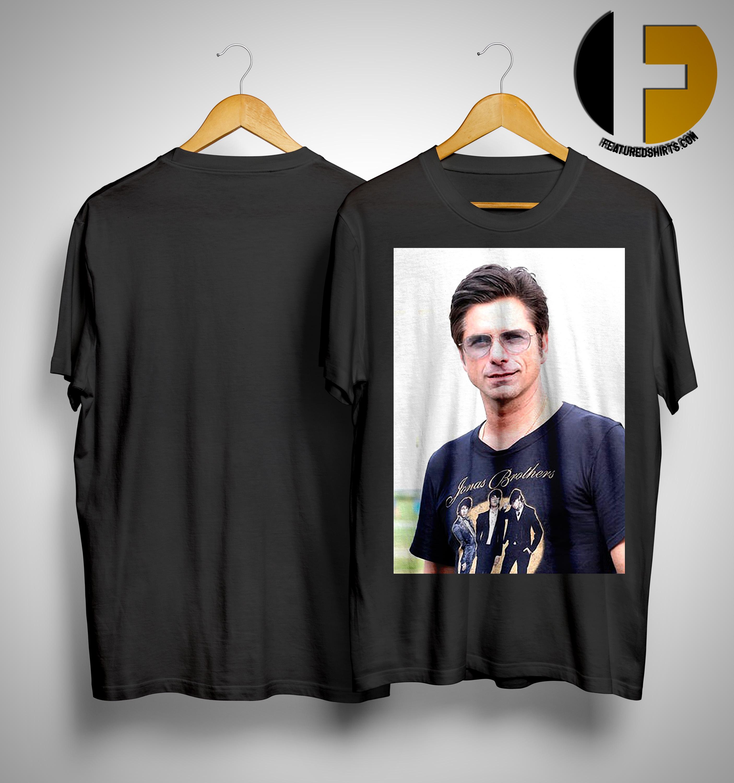 ec0beaf7 Nick Jonas John Stamos Wearing Jonas Brothers Shirt