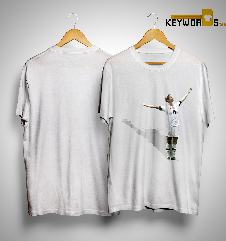 100% authentic f8294 09786 Megan Rapinoe Statue Of Liberty Shirt