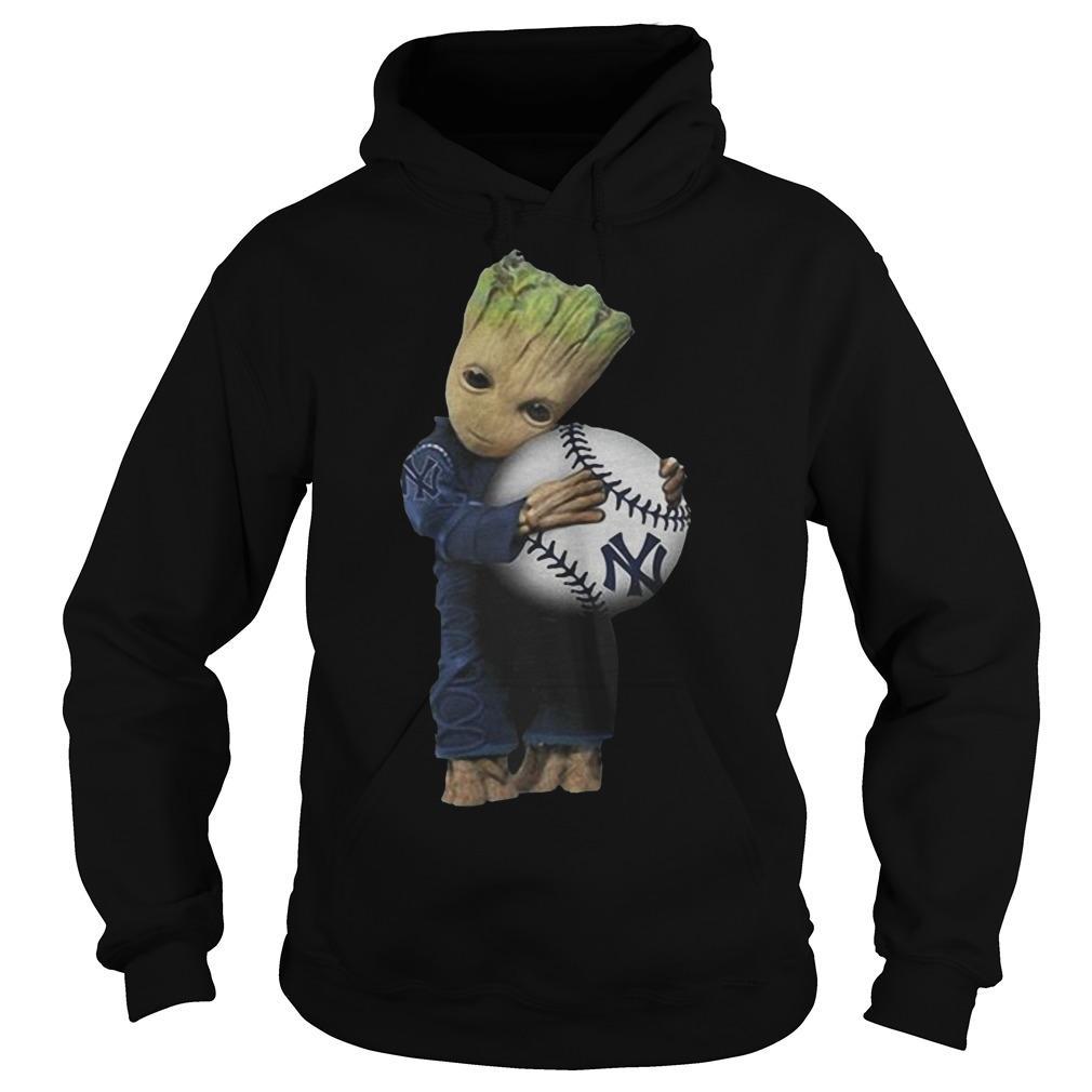 Baby Groot Hugs New York Yankees Hoodie
