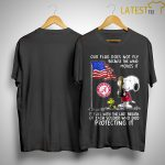 Snoopy Alabama Crimson Tide Our Flag Does Not Fly Because The Wind Moves It Shirt