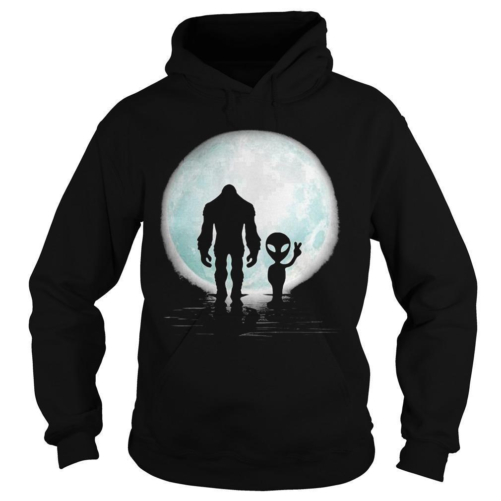 Bigfoot And Alien Under The Moon Hoodie