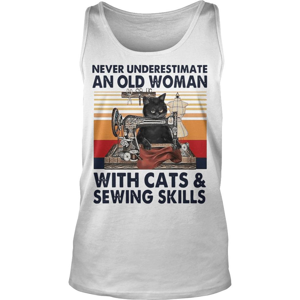 Vintage Never Underestimate An Old Woman With Cats And Sewing Skills Tank Top
