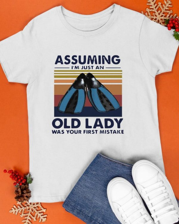 Vintage 2021 Scuba Diving Assuming I'm Just An Old Lady Shirt