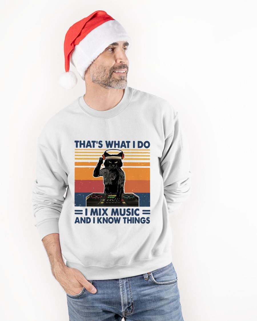 Vintage Cat That's What I Do I Mix Music And I Know Things Sweater