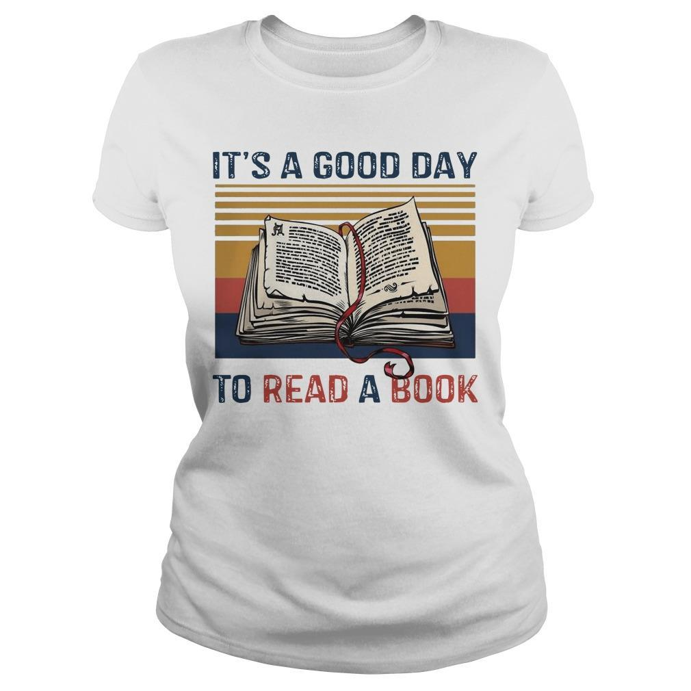 Vintage It's A Good Day To Read A Book Longsleeve