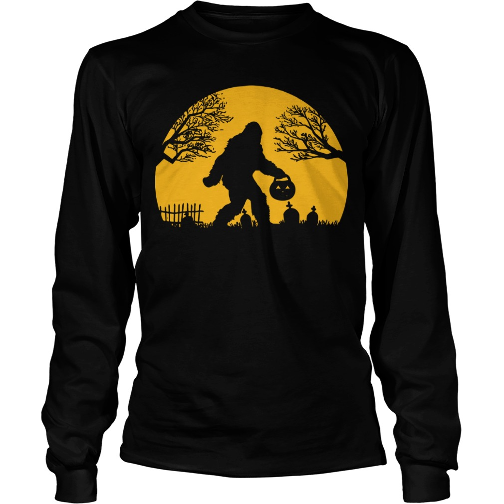 Bigfoot Halloween Hide And Seek Longsleeve Tee
