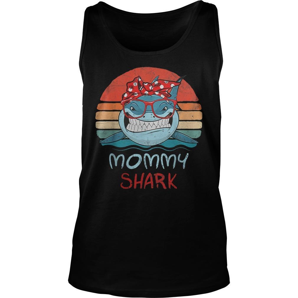 Vintage Mommy Sharks Glasses Tank Top
